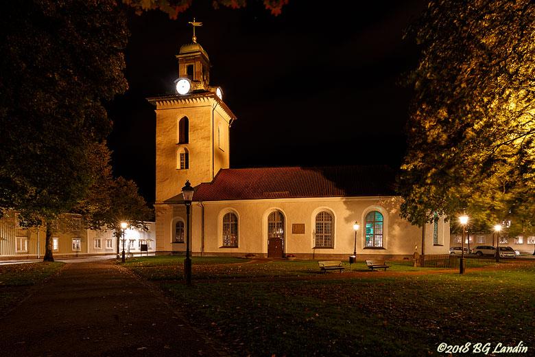 Christinae kyrka i kvällsbelysning