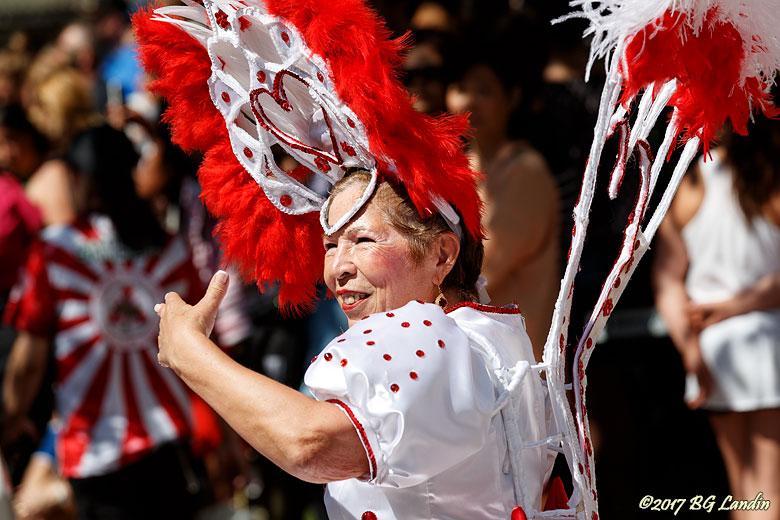 Erfaren deltagare i Hammarkullenkarnevalen
