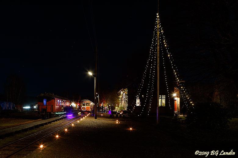 Julstämning vid Anten station