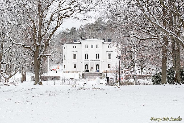 Nolhaga slott i vintermiljö