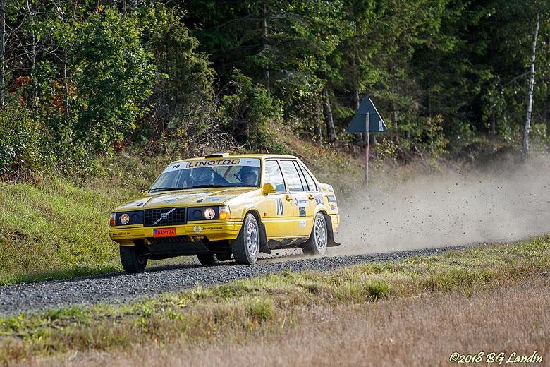 Pigg Volvo på Kabelvägen