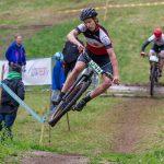 Daniel Wennergren hoppar